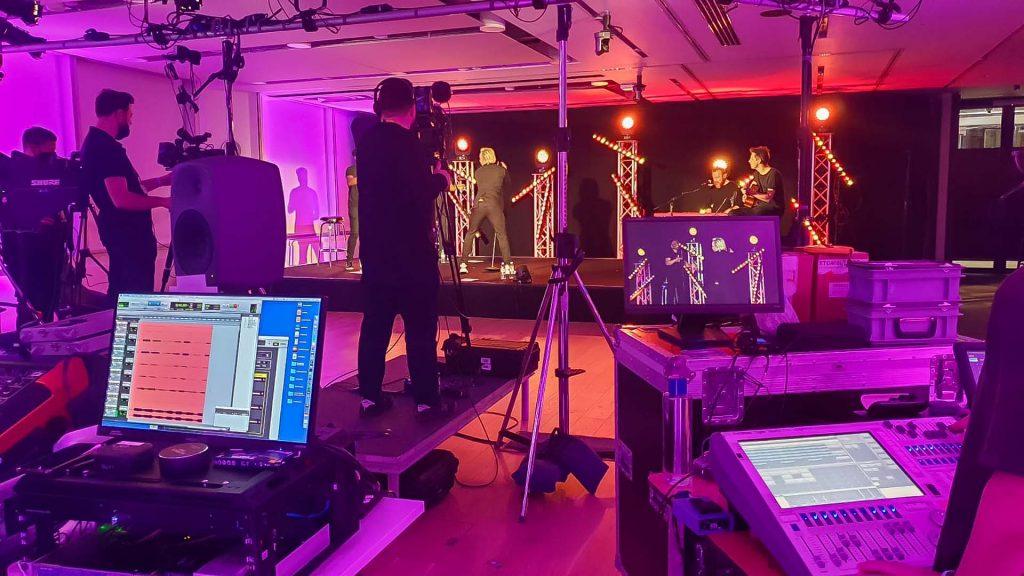 Olly Murs Virtual Concert